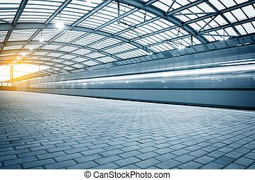 modernos, trem alta velocidade, parte, de, a, estação, em, sunset.