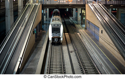 modernos, trem, em, a, estação