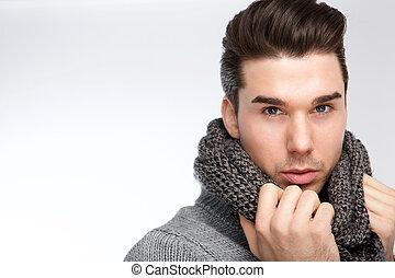 modieus, jonge man poserend, met, grijs, wol, sjaal
