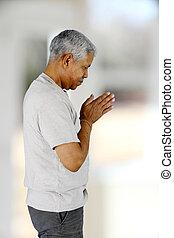 modlący się, człowiek