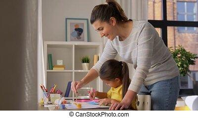 moeder, dochter, thuis, weinig; niet zo(veel), tekening