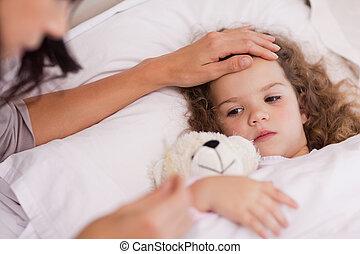 moeder, zorgend voor, haar, ziek, dochter