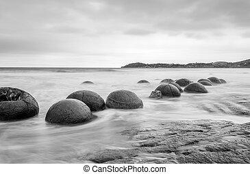 Moeraki boulders - Moeraki Boulders on the Koekohe beach,...