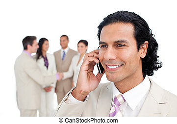 mogna, mobiltelefon, hans, stående, se, affärsman