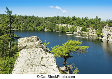 Mohonk Lake - Mohonk lake, nestled in the Shawangunk...