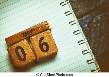 mois, année, cahier, jour, coloring., 6th., cube, 6, date, mai, placé, artistique, revêtu, printemps, mois, concept, arrière-plan., bois, bleu, fait main