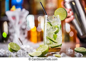 mojito, cocktail, getränk, auf, bar theke
