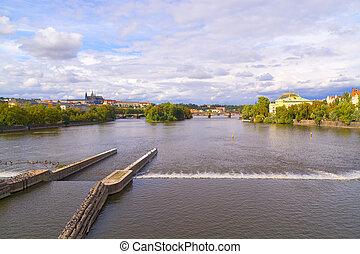 Moldovan River run trough Prague