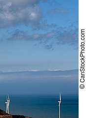 molino de viento, cielo azul