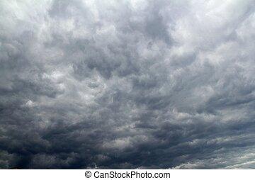 molnig, dramatisk himmel, för, tropisk, stom