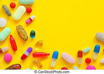 molti, colorito, pillole, isolato