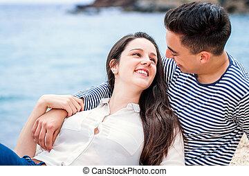 momento, par, praia., romanticos, tendo
