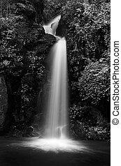 Mon Tha Than waterfall Black and White