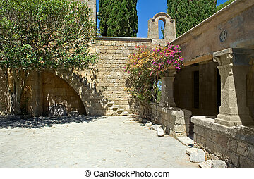 monastery's, ancien, yard