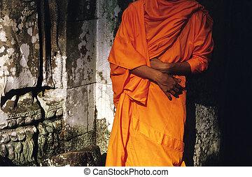 monastique, ruines, robes, temple, siècle, envahi, moine, preah, 12e, cambodge, construit, khan., récolter, wat, siem, unrestored, jayavarman, vii., angkor, safran, bouddhiste