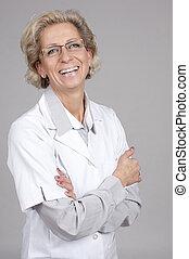 monde médical, armes traversés, docteur féminin