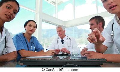 monde médical, informatique, ensemble, fonctionnement, équipe