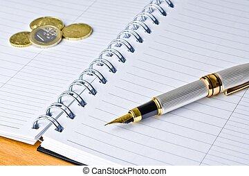 moneda, pluma de tinta, afuera, cuaderno, foco