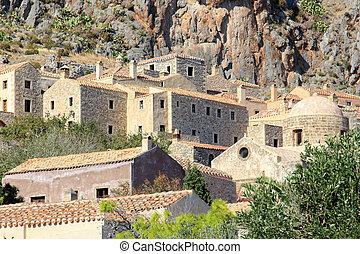 monemvasia greece - stone houses in monemvasia old town