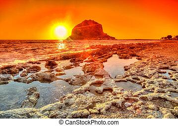 Monemvasia red sunset - Spectacular red dawnon the beach on ...