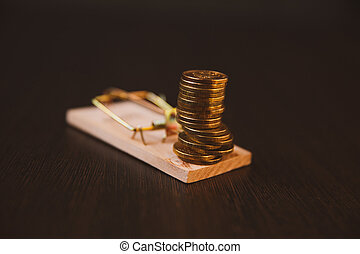 Money in a mousetrap, dollar cent