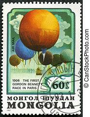 MONGOLIA - CIRCA 1982: A stamp printed in Mongolia shows balloon The First Gordon Bennett Race in Paris 1906, series, circa 1982