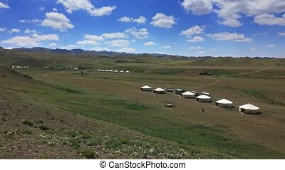 mongolie, entre, traditionnel, montains, yurts
