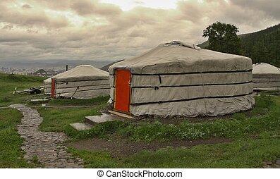 mongools, yurts