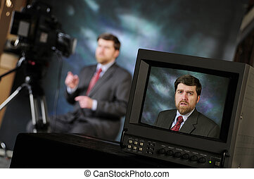 monitor, in, fabriekshal, studio, het tonen, verslaggever,...