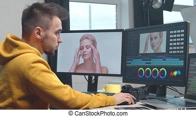 monitor, montage, gebruik, freelance, beeldmateriaal,...