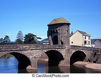 Monnow bridge, Monmouth, Wales. - Monnow Bridge and...