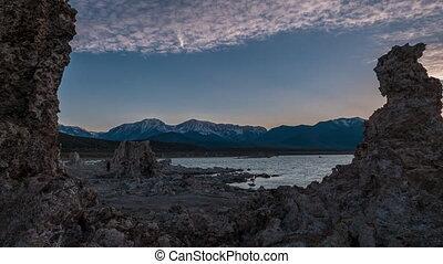 Mono Lake Sunset Time-lapse - Sunset at Mono Lake Sierra...