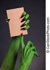 monstre vert, mains, à, noir, clous, tenue, vide, morceau, de, carte