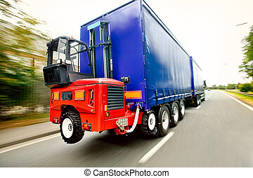 monté, camion chariot élévateur fourche