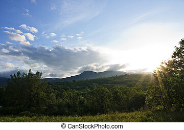 montée soleil, montagne