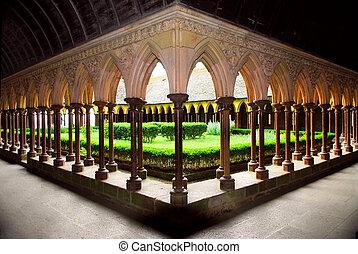 Mont Saint Michel cloister garden - Cloister garden in Mont...