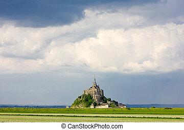 mont-saint-michel, normandie, frankrike
