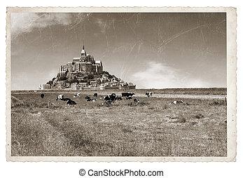 Mont Saint Michel Vintage photo - Le Mont Saint Michel...