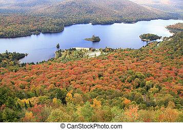 Mont Tremblant Park in autumn