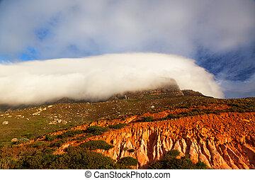 montaña de la tabla, en, nubes