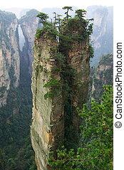montaña, escarpado