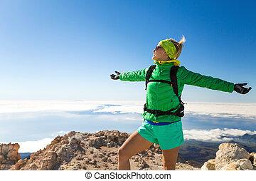 montaña, excursión de mujer, éxito, cima, montañismo