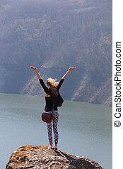 Montaña, mujer, viaje, vacaciones, libre, brazos, aplausos,  idea, pico, abierto, o, verano