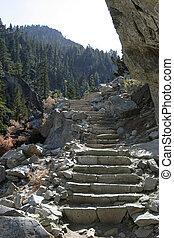 montaña, pasos
