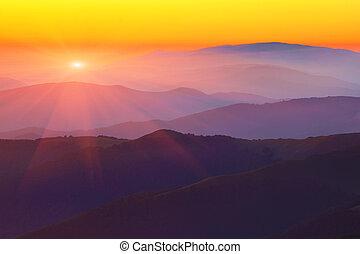 Montaña, Siluetas, ocaso, colinas