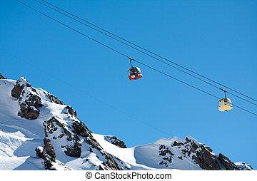 montañas altas, levantamiento, esquí, góndola