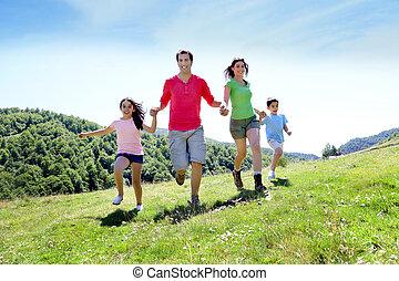montañas, familia , juntos, corriente, el gozar, feliz