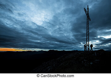 montañeros, en, la cumbre
