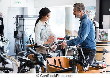 montage, aider, vélo, portrait