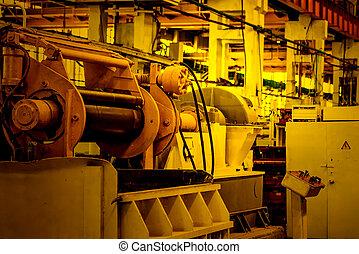 montage, atelier, intérieur, à, grand, usine industrielle